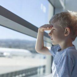 Над 200 000 българчета в чужбина, 3% от родените у нас напускат страната всяка година
