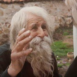 Дядо Добре, целувам ти ръка!