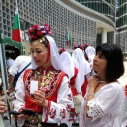 Магдалена Петрова: Облечеш ли се в носия, ставаш друг човек