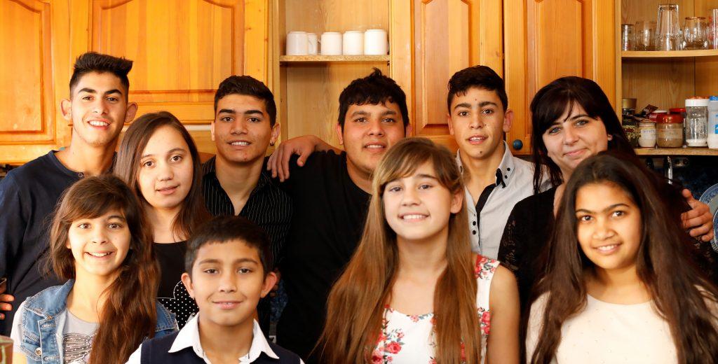 Как Мариана осигури топъл дом на 10 свои ученици