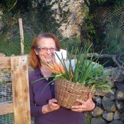 """Мариана Дончева: Бъдещето ни е не """"назад към природата"""", а """"напред заедно с природата"""""""