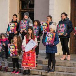 Анонимният артист No Name: Правя модерни портрети на велики българи, за да се опитам да върна интереса към историята ни