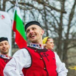 Радослав Тодоров: Трябва да се отнасяме с повече респект към фолклора - нашата традиционна култура