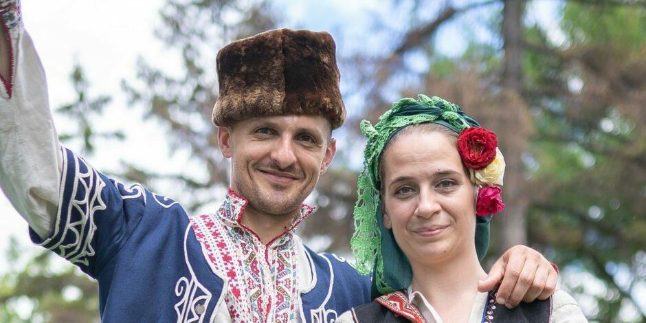 На празник в село Мрамор с Даниела и Емилиана-3