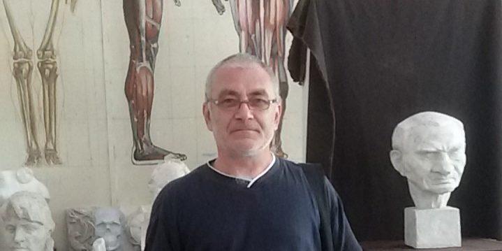 Скулпторът Красимир Митов.